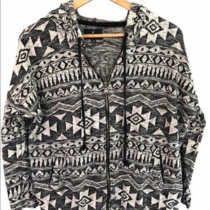 American Eagle Outfitter Large Zip Hooded sweater